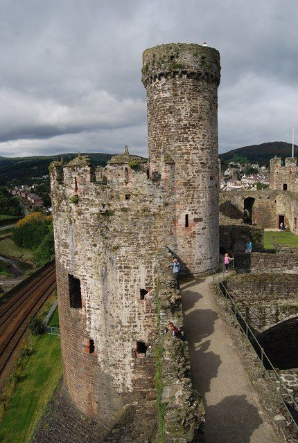 Conwy Castle - BakehouseTower
