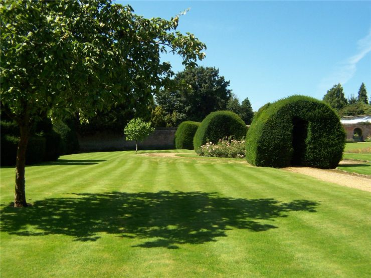 Gardens at Highclere Castle